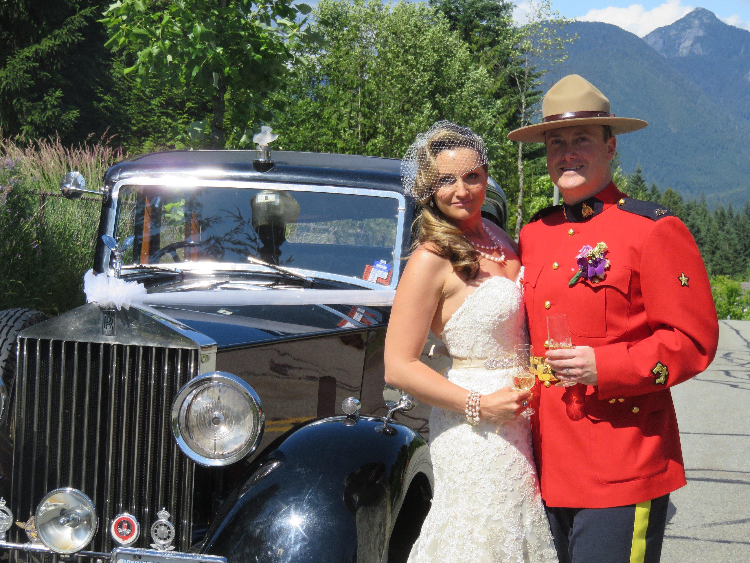 vintage-wedding-car-rcmp-wedding