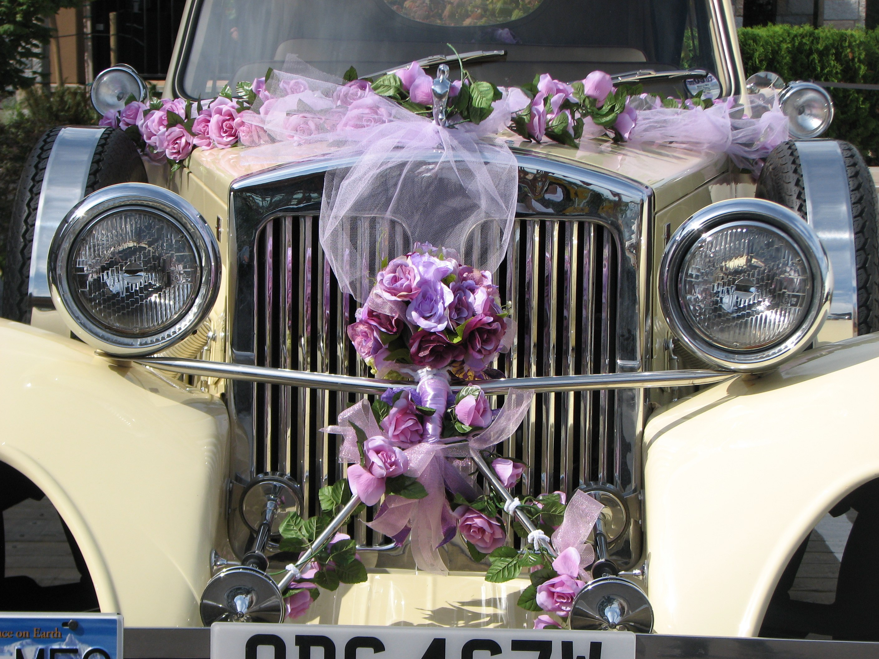 vintage-wedding-car-vancouver-beauford