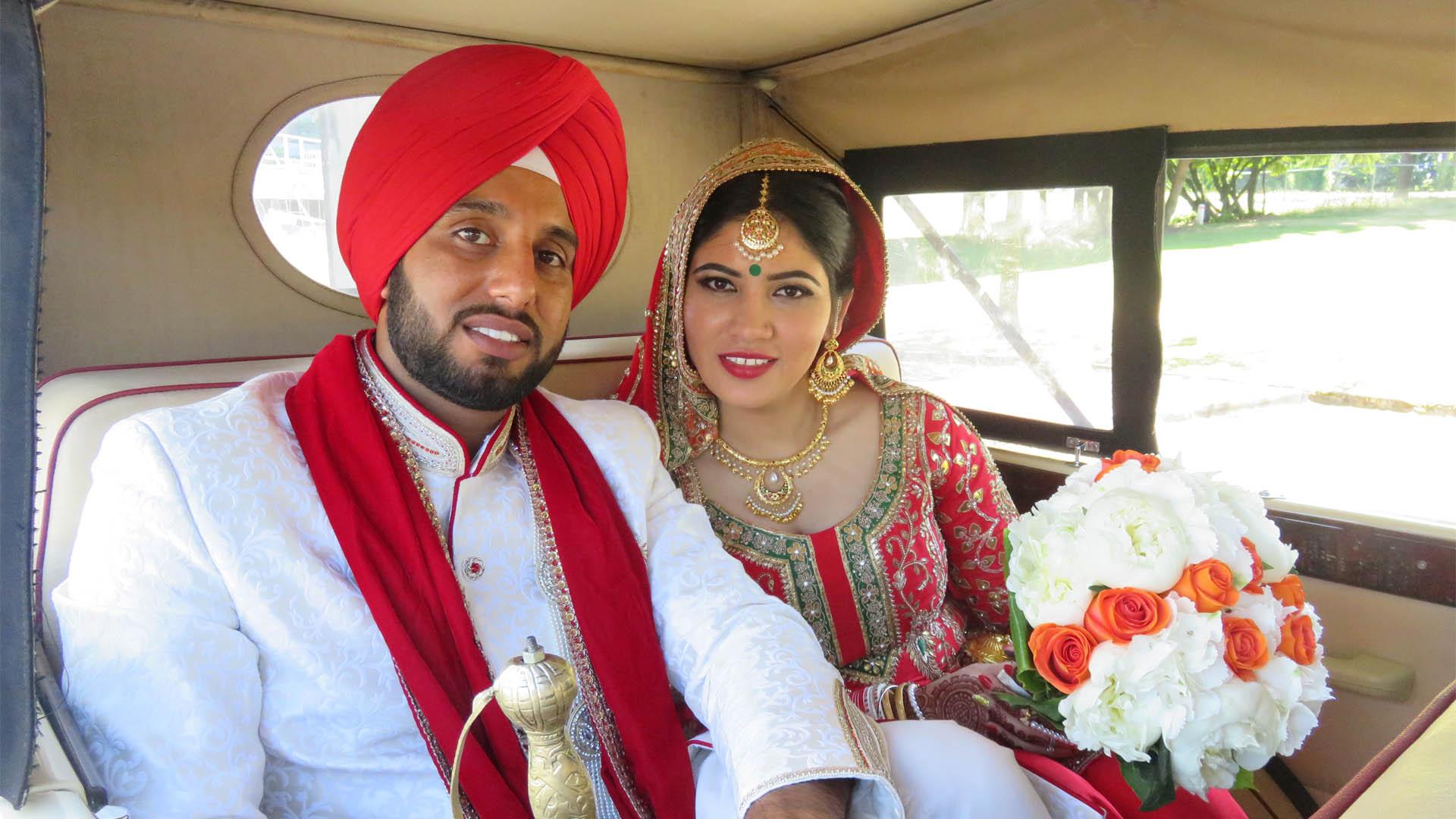 vintage-wedding-car-rental-vancouver-bride-groom-1