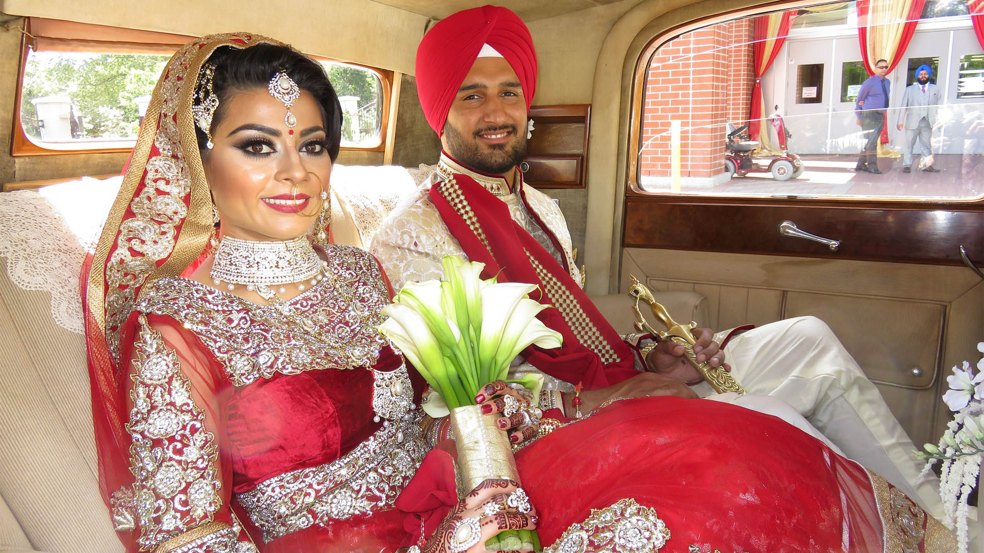vintage-wedding-car-rental-vancouver-bride-groom-2