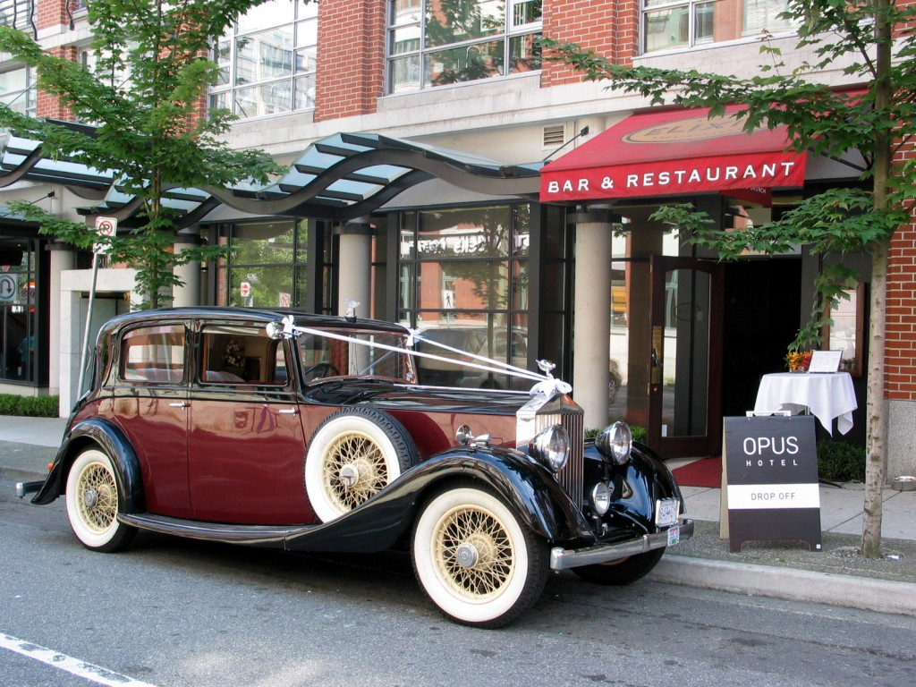 05 Rolls-Royce at Opus Hotel