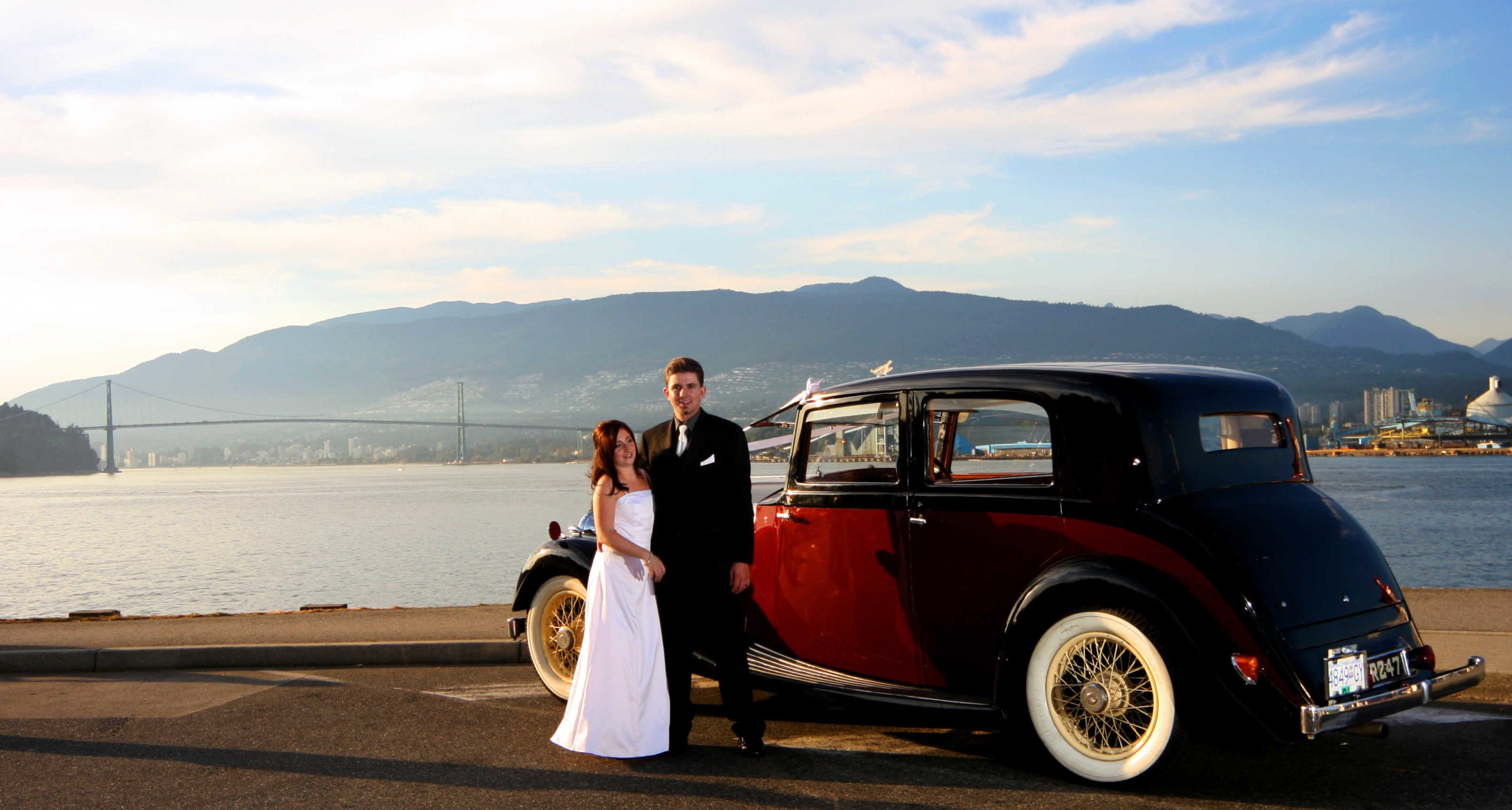 Wedding Couple by Vancouver Classic Wedding Car